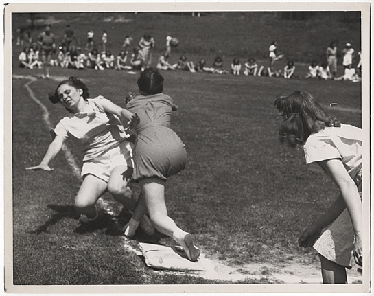 545x431_oldschool-baseball-1948